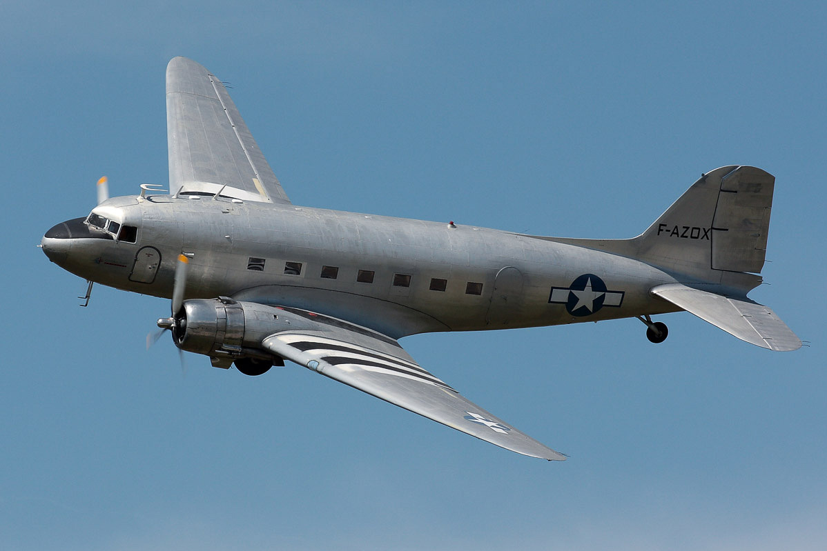 DC-3 © airliners.net.JPG
