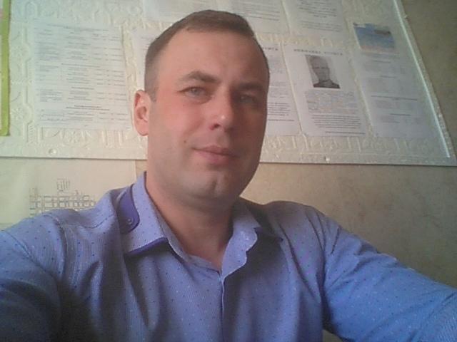 Александр Юшин на работе / фото из личного архива