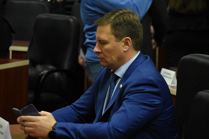 Первый зампред правительства Саратовской области Ойкин Вадим Геннадиевич