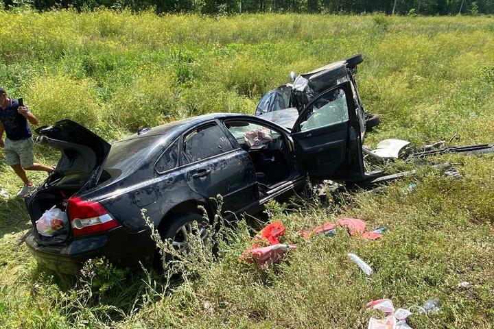 В Саратовском районе 11 человек пострадали в массовом ДТП на федеральной трассе, в том числе шестеро детей