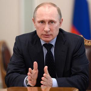 Владимир Путин выразил уверенность, что уровень бедности в России удастся снизить в два раза «в ближайшие годы»