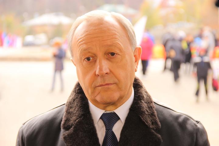 Депутат облдумы предложил в день выборов проголосовать за отставку Валерия Радаева