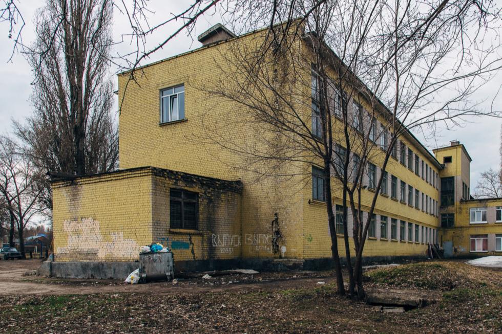 Изнанка образования: школы Кировского района