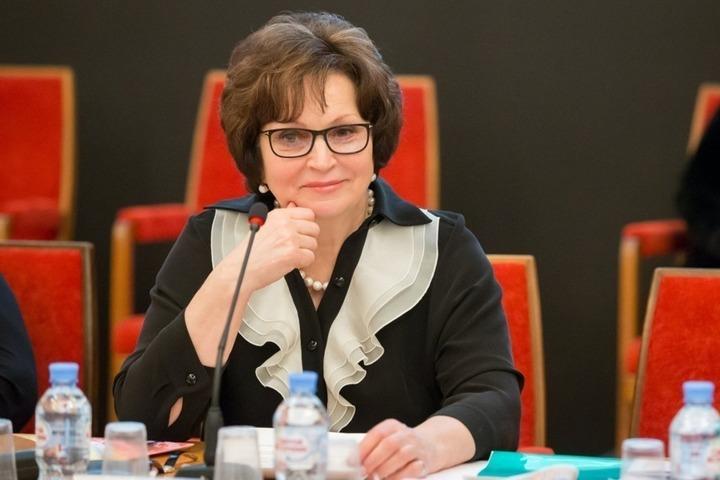 Скандал с «макарошками»: сенатор пожурила тех, кто считает, что жить на 3,5 тысячи рублей невозможно, и напомнила о страшных годах войны