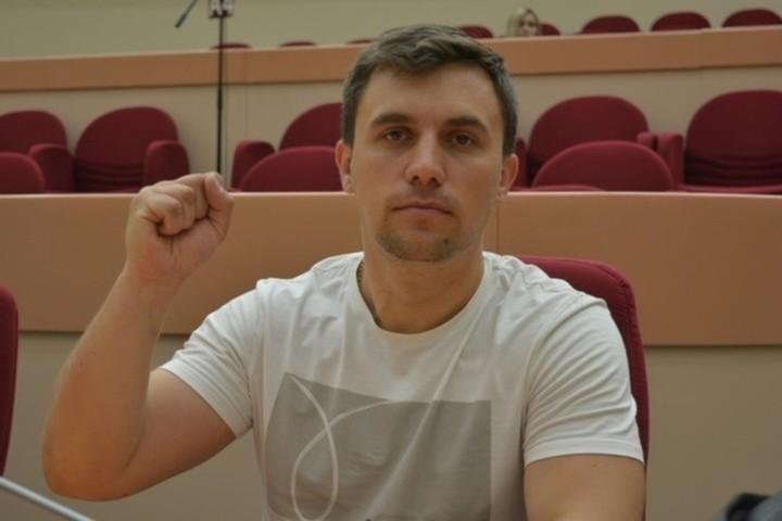 Саратовский депутат Николай Бондаренко, сидевший на «министерской» диете, попал в сотню выдающихся людей уходящего года по версии «Русского репортера»