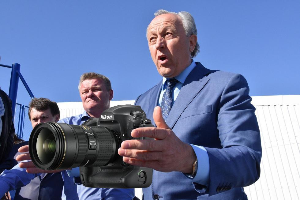 Радаев и нищеброды: рассказываем о вариантах фотокамер, при помощи которых можно делать отличные снимки губернатора в коровнике (вместо намеченной покупки за 620 тысяч)
