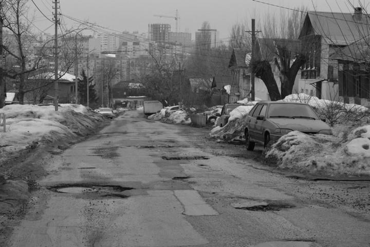 Половина жителей Саратова не уверена в завтрашнем дне. Город попал в десятку худших очередного рейтинга