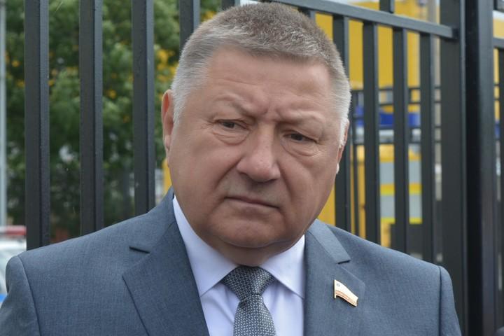 Журналисты вновь стали терять интерес к главе Саратовской областной думы