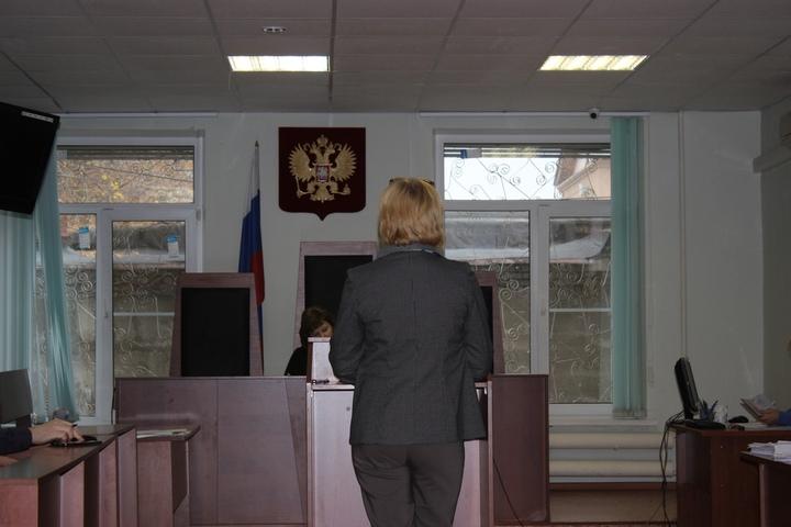 Дело Лобанова. Жена экс-главы района рассказала об отношениях членов ее семьи с Джуликяном и Васиным