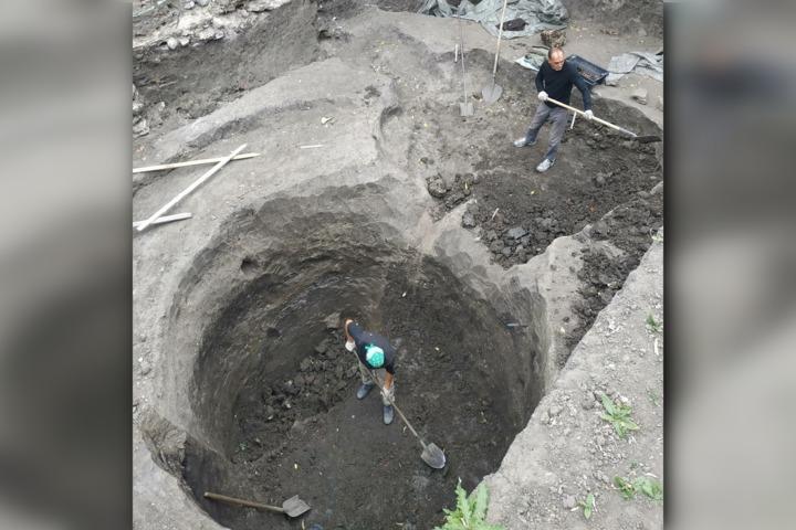 Раскопки в Укеке: археологи рассказали о находках на 10-метровой глубине