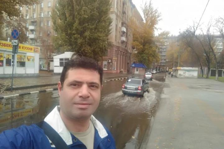 «Паромщика надо»: после реконструкции пешеходной зоны первый дождь затопил Мирный переулок