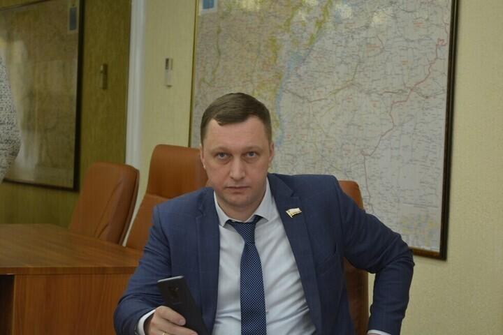 Председатель правительства Саратовской области Роман Бусаргин анонсировал жёсткие меры в отношении тех, кто уклоняется от уплаты налогов