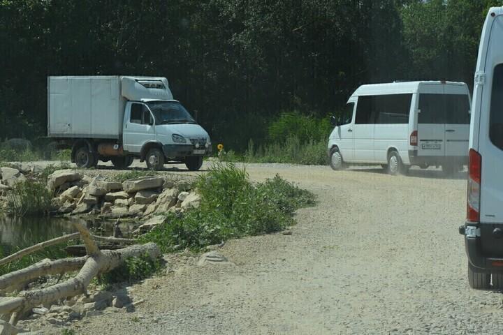 В Саратовской области отказались от планов построить мост, обещанный жителям губернатором Радаевым, но завели дополнительные деньги на путепровод на дороге к аэропорту