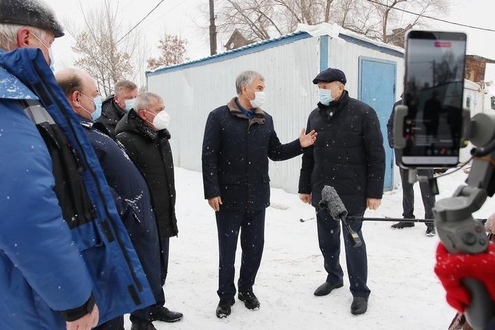 «Вы это можете втирать губернатору, а мне зачем?»: Володин поручил Радаеву и министру Костину искать врачей в соседних регионах