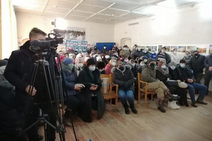 «Было чуть ли не до рукопашной»: депутат заявил о скандале во время голосования о присоединении Синеньких к Саратову