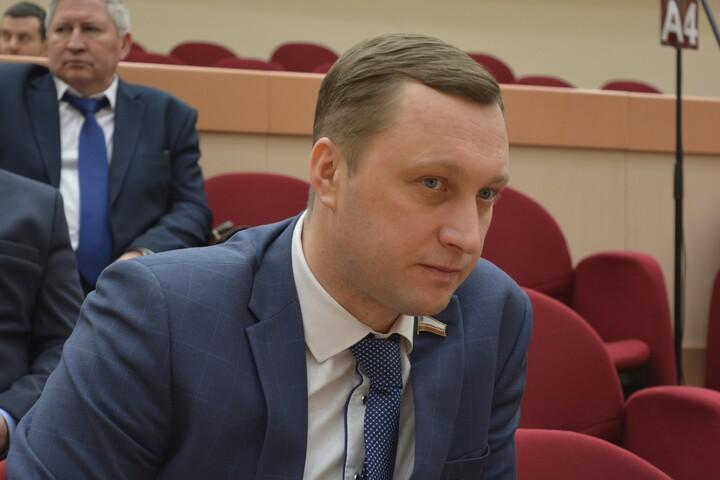 В правительстве снова изменили постановление, чтобы потратить 44 миллиона рублей из резервного фонда по новой статье