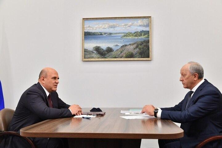 «Никаких проблем здесь нет»: саратовский губернатор пообещал Мишустину построить 26 домов и расселить 9 тысяч человек из аварийного жилья до Нового года